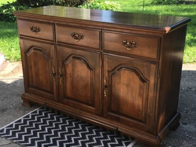 Maple Dresser Buffet