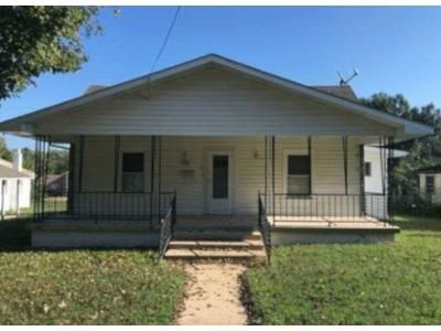 2 Bed 1 Bath Preforeclosure Property in Piedmont, MO 63957 - E Elm St