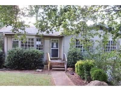 3 Bed 2 Bath Foreclosure Property in Pinson, AL 35126 - Jean Dr