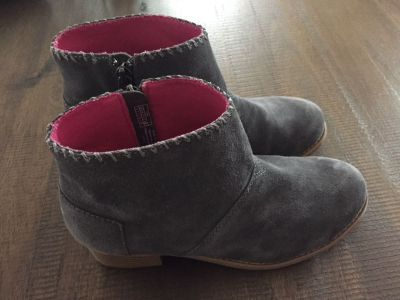 Tom s Brand suede booties, like new, Youth size 4, $20