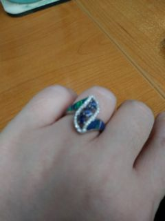 Blue and emerald ring with diamonds
