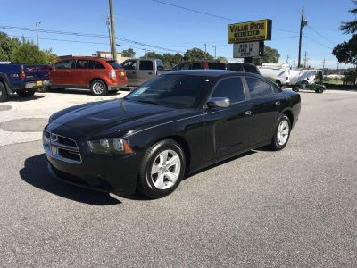 2013 Dodge Charger SE (Black)