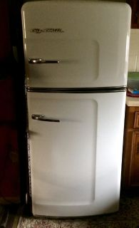 Big Chill Refrigerator - Apartment Size