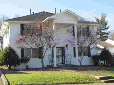 206 Norwood Drive RICHMOND, There are 3 - Two BR units