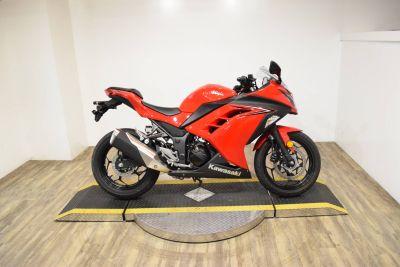 2016 Kawasaki Ninja 300 Sport Motorcycles Wauconda, IL