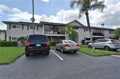 8101 S Woods CIR 5 Fort Myers Two BR, Cute, cozy