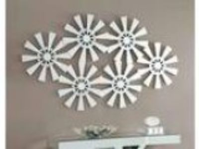 Multi flower Sun shaped decorative wall mirror
