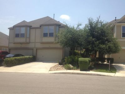 $530, UTSA Perfect home away from home