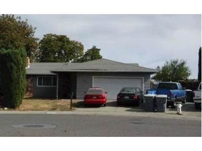 4 Bed 2 Bath Preforeclosure Property in Dixon, CA 95620 - Fairbanks Ct