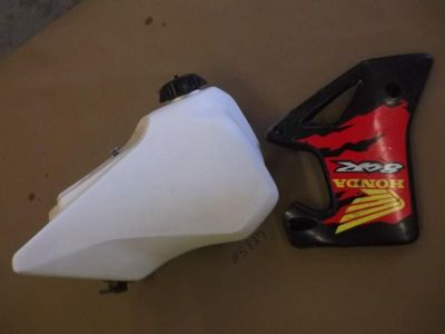 Sell 1997 CR80R CR80RB Honda Gas Fuel Petrol Tank Petcock Cap Bracket CR80 R RB CR 80 motorcycle in Sevierville, Tennessee, US, for US $29.99