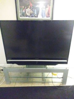 50 inch Samsung tv w/glass table stand