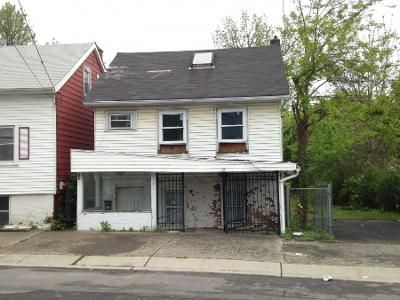 3 Bed 1 Bath Preforeclosure Property in New Windsor, NY 12553 - John St