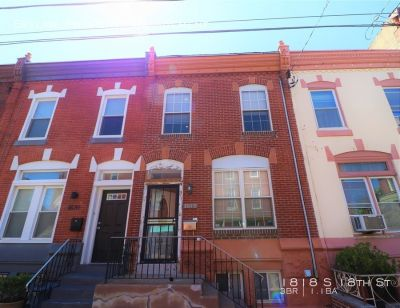 Spacious 3 Bedroom House in South Philly!
