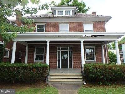 4 Bed 1.5 Bath Foreclosure Property in Hagerstown, MD 21740 - Broadway