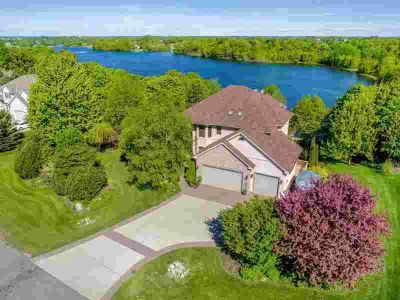 1007 Vista Ridge Lane SHAKOPEE Five BR, Ultimate lake shore