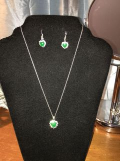 Brand new . 925 Sterling Silver Jade/clear crystals earring & necklace set