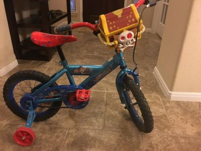 Boy,s 12 inch Jake and the Never Land bike