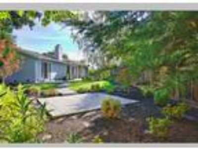 Open House Sat & Sun Feb 16 & 17 from 1pm to 4pm, Concord, CA