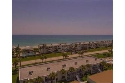 2 bedrooms Condo - An amazing opportunity to rent this gorgeous. Will Consider!