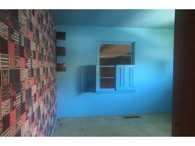 3 Bed 1 Bath Foreclosure Property in Columbus, IN 47201 - Kentucky Ave