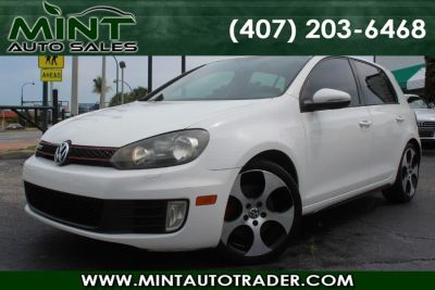 2010 Volkswagen GTI Base (Candy White)