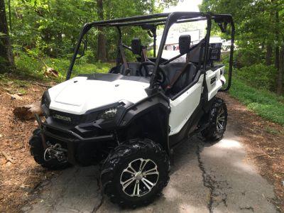 2016 Honda Pioneer 1000-5 Deluxe Utility SxS Woodstock, GA