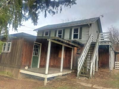 3 Bed 1 Bath Foreclosure Property in Wampum, PA 16157 - Greenhouse Rd