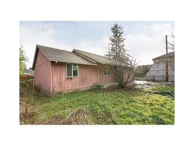 2 Bed 2 Bath Foreclosure Property in Portland, OR 97216 - SE 106th Ave