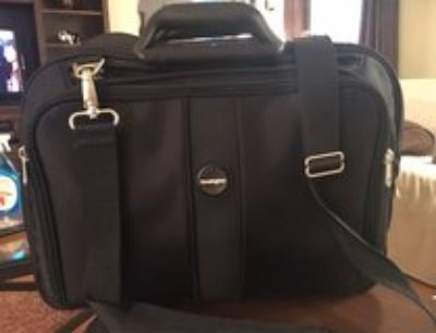 Kensington Contour Laptop Bag