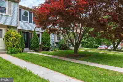 8278 Mary Lee Ln LAUREL Two BR, Beautiful townhome with 3