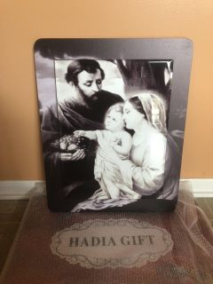 The holy family glass wall picture. Brand new
