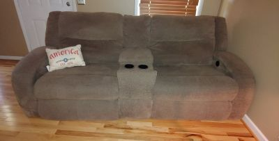 Oversized Love Seat & Two Recliners (Electric)