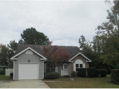 3 Bed 2.0 Bath Preforeclosure Property in Myrtle Beach, SC 29588 - Thornwood Dr