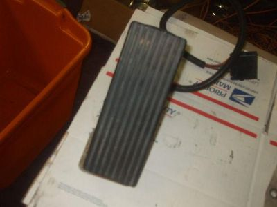 Sell 863 throttle pedal with throttle positioning sensor motorcycle in Batesville, Arkansas, US, for US $100.00
