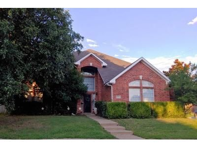 4 Bed 3 Bath Preforeclosure Property in Grand Prairie, TX 75052 - Regal Oak Rd