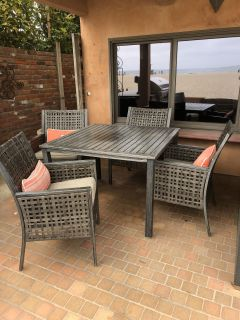 Out door patio table and chair set