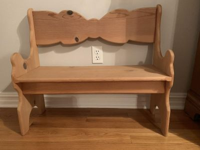 Solid wood kid s bench