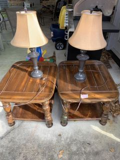 2- End tables with lamps