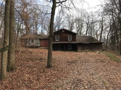 4 Bed 3 Bath Foreclosure Property in Newburgh, NY 12550 - Hideaway Ln