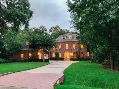 10 Halfmoon Court The Woodlands Texas 77380