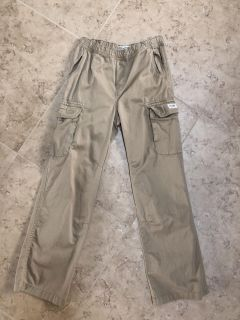 Children s place cargo pants (size 14)