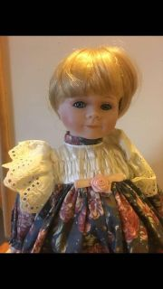 Cassie House of Lloyd s Collector Doll around the world hard to find VGC
