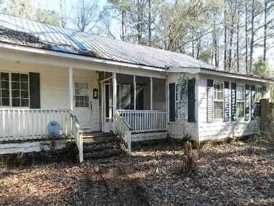 3 Bed 2 Bath Foreclosure Property in Harleyville, SC 29448 - Kitchens Dr