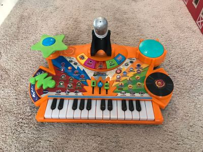 Kids keyboard piano
