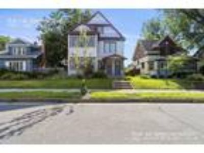 Four BR One BA In Minneapolis MN 55408