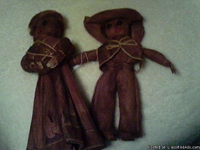 DOLLS MADE OF BROWN WOOD LIKE FIBER MATERIAL FLA BEACH COMBER