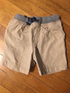 Carters like new 18 month shorts