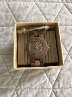 NWT WeWood watch, Criss in color Nut