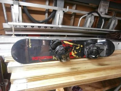"""Lemar 60"""" snowboard with bindings and boots"""