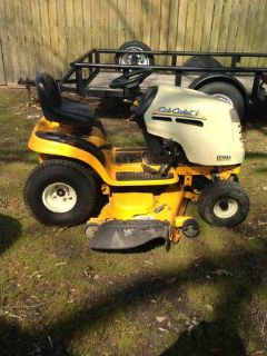 Cub Cadet LT1024 RIDING MOWER